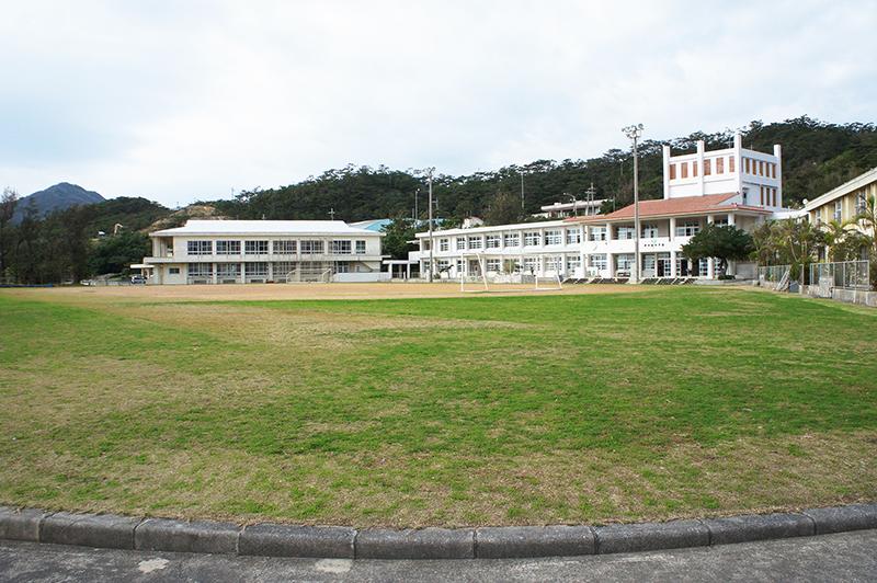 伊平屋中学校 構内の様子